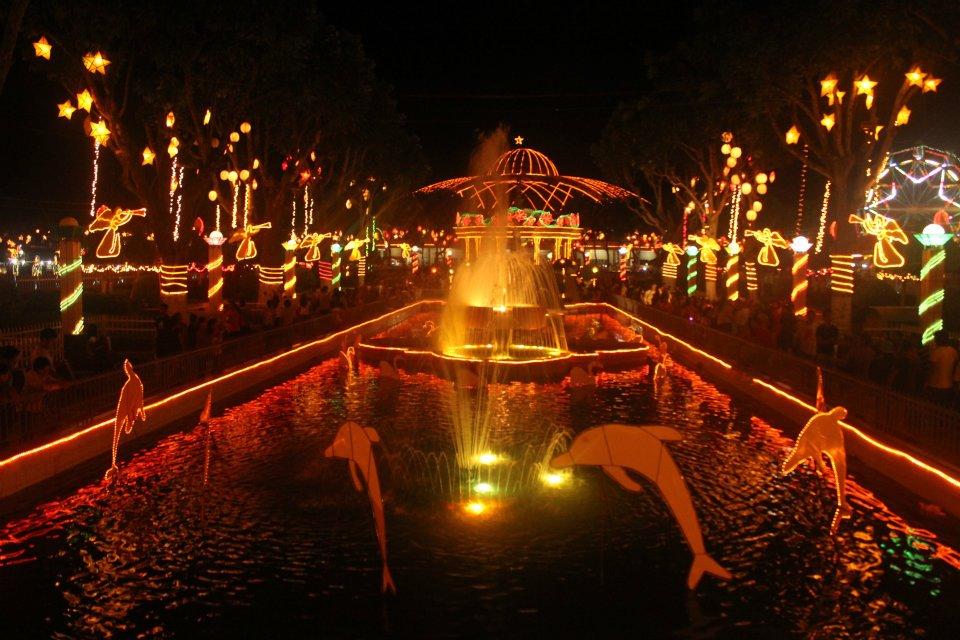 Iwag Christmas Lights Festival