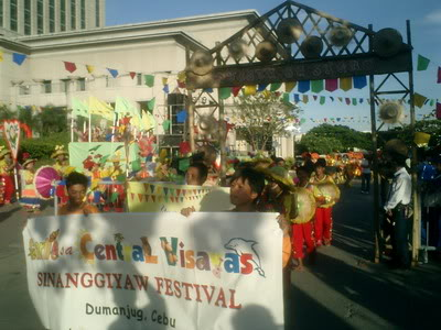 Sinanggiyaw Festival