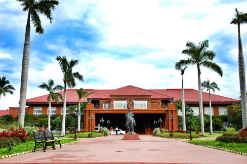 3-fort-ilocandia-resort-and-casino