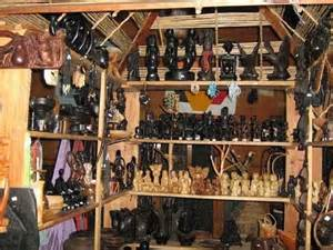 shops-in-banaue