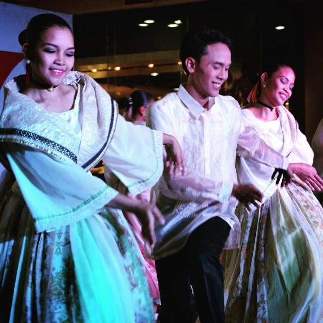 Philippines Travel Site Ten Interesting Philippines Folk Dance