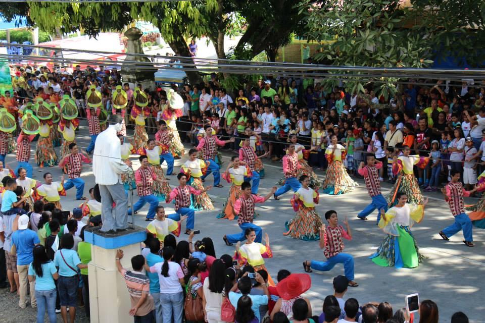 Tinuom Festival